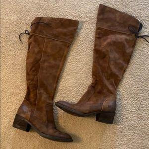 Born boots